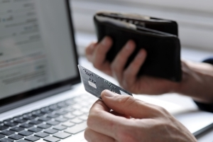 3 times you shouldn't use your credit card