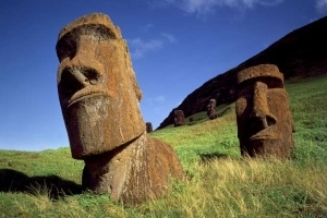 Intriguing New Theory Might Explain the Fate of Easter Island's Civilization
