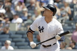 Stanton homers as Yankees beat Blue Jays, 11-6