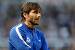 Leeds considered €20m Conte offer before turning to Bielsa