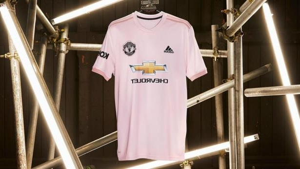superior quality 104b4 cbac1 Sport: United to wear pink away kit in tribute to Manchester ...