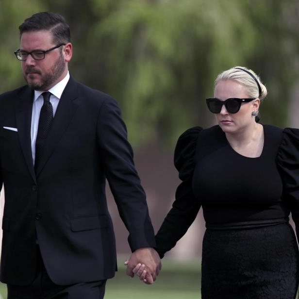 Offbeat: Meghan McCain's Husband Slams Twitter For Waiting