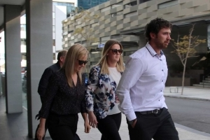 Australia: Texting driver Aine McGrath found guilty of