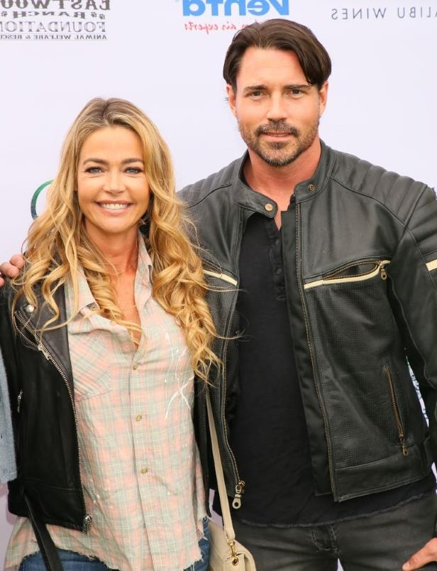 on Denise Richards isä dating