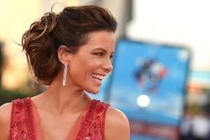 Why Kate Beckinsale always packs this surprising kitchen staple in her suitcase