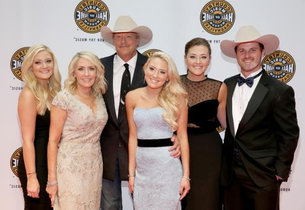 Alan Jackson and family (L-R) Ben Selecman, Mattie Jackson, Dani Jackson, Denise Jackson, and Alexandra Jackson attend the Country Music Hall of Fame and Museum Medallion Ceremony to celebrate 2017 hall of fame inductees Alan Jackson, Jerry Reed And Don Schlitz at Country Music Hall of Fame and Museum on October 22, 2017 in Nashville, Tennessee.  (Photo by Terry Wyatt/Getty Images for Country Music Hall Of Fame & Museum)