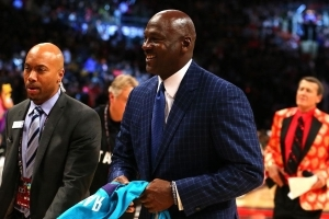 Michael Jordan, Charlotte Hornets, NBA Team Up to Help Victims of Hurricane Florence