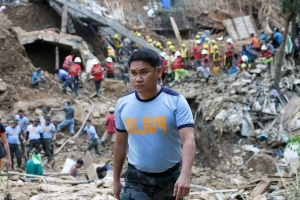 Philippine policeman: Villagers refused advice to flee storm