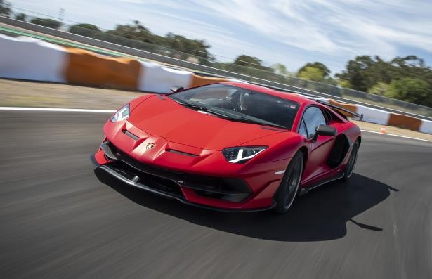 Auto Shows First Drive 2019 Lamborghini Aventador Svj