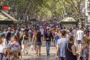 UN releases report on how to curb 'overtourism'