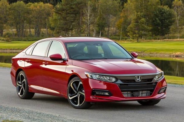 Honda Recalls 232,000 2018 Accord and 2019 Insight Sedans for Backup-Camera Problem