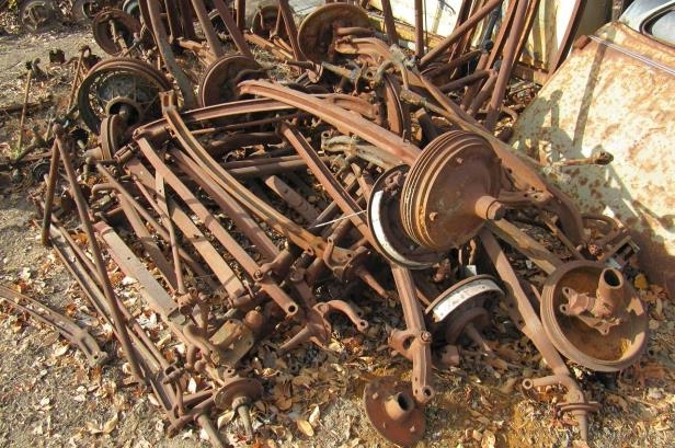Enthusiasts: Ford hoarder's classic car and hot rod junkyard goes