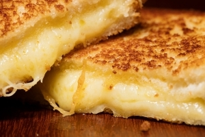 How to Make a Grilled Cheese Like a Chef