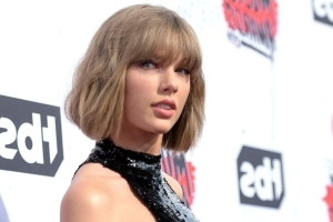 Taylor Swift bashes Blackburn in favor of Tennessee Dems, breaking political silence