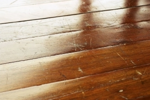 9 Tips for Removing Scratches from Wood Floors