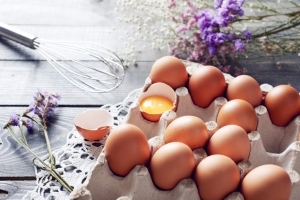 Are Fresh Eggs Really Better for Baking?