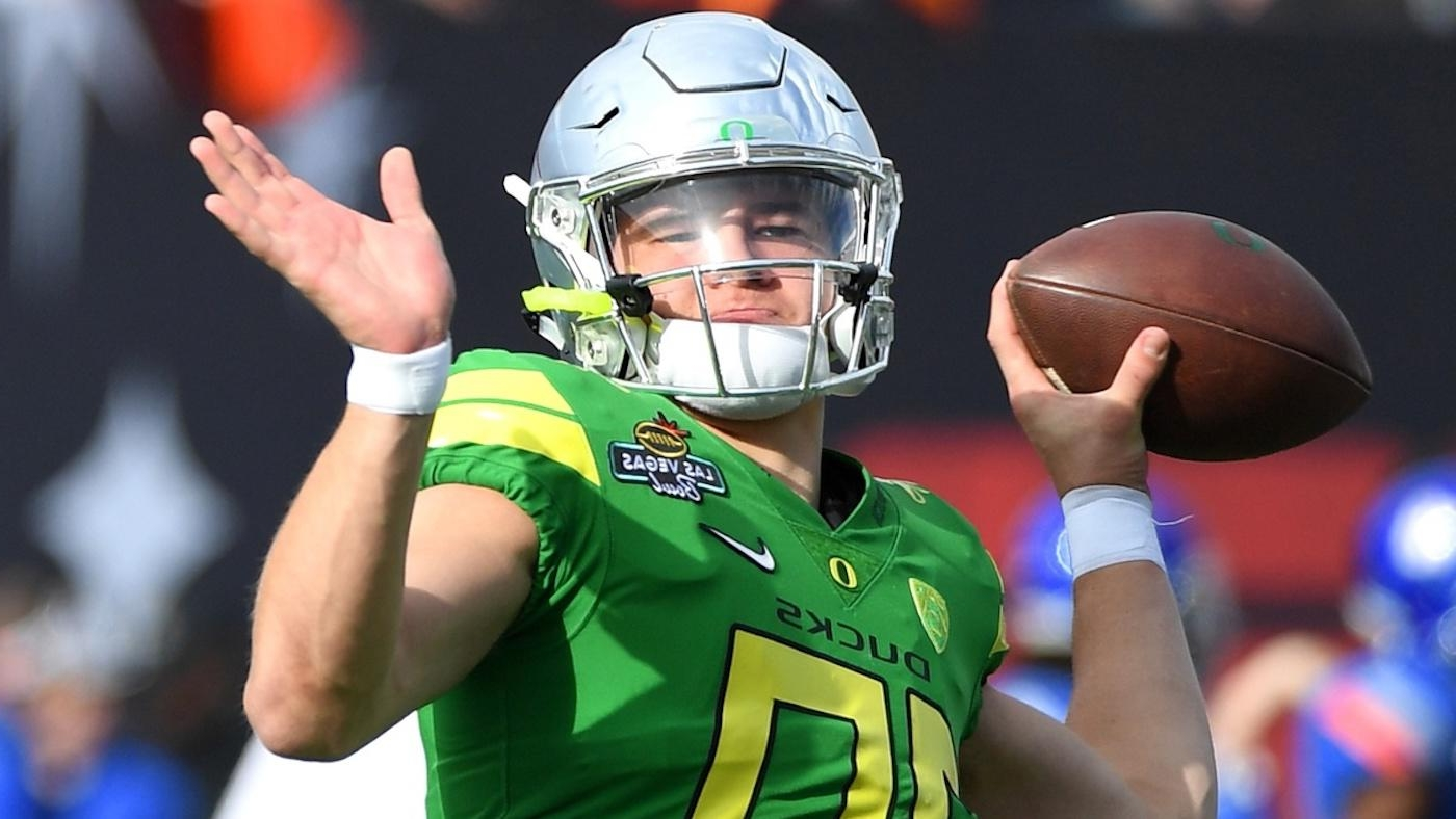 9bf022545 Oregon's Justin Herbert expected to return for senior season despite being  No. 1 pick candidate