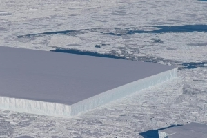 Rectangular iceberg spotted by NASA off Antartica is real
