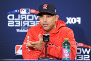 Alex Cora brushes off talk of Manny Machado sign-stealing