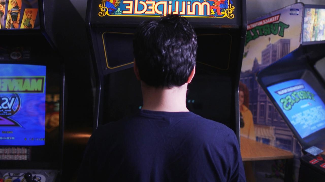 Offbeat: 'Retro arcades' get an extra life with resurgence of