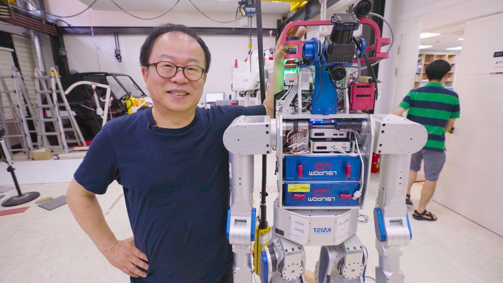 Offbeat: The inventor of the world's best robot believes