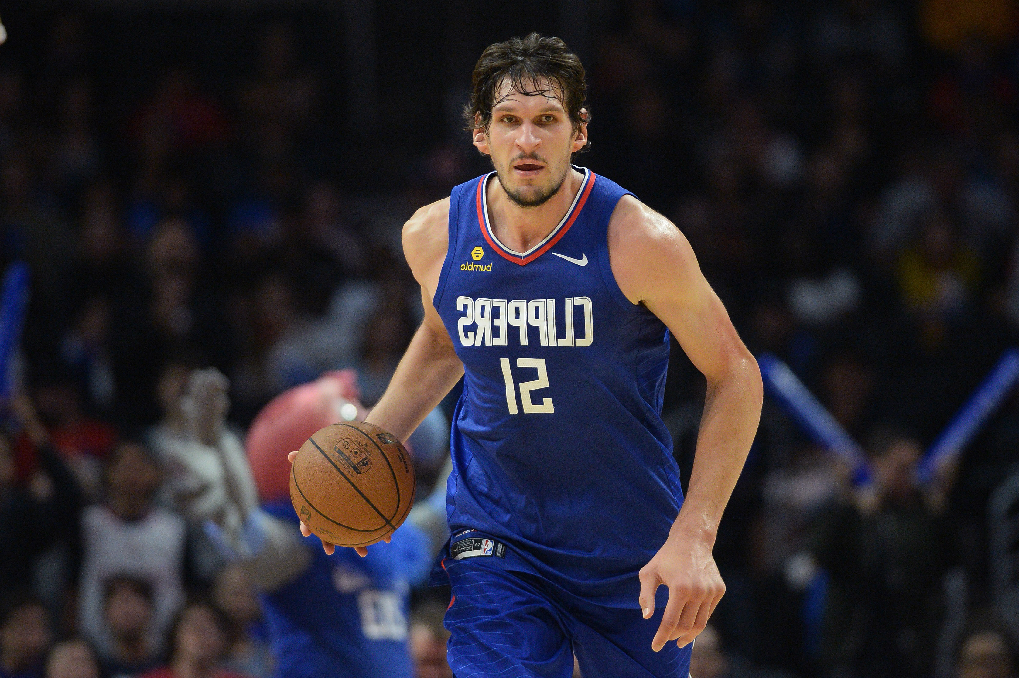 Sports Boban Marjanovic Next To Kristin Chenoweth Is A Must See
