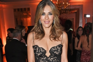 Elizabeth Hurley Starts Her Day With 2 Cups Of Warm Water