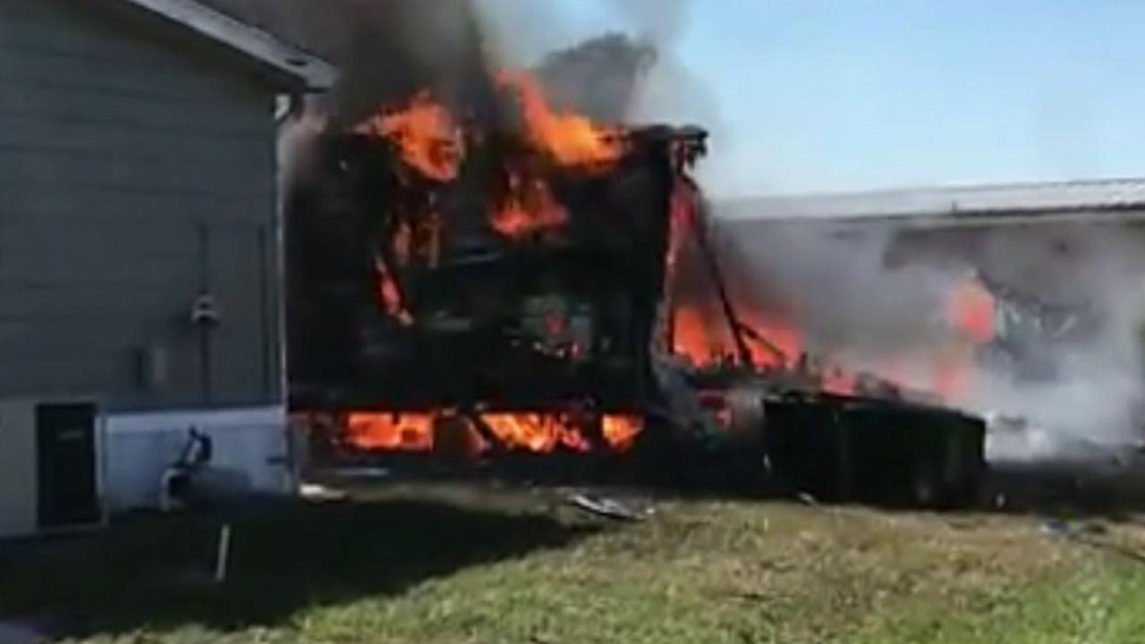 Helicopter crashes into Florida mobile home park, killing 2, sheriff says