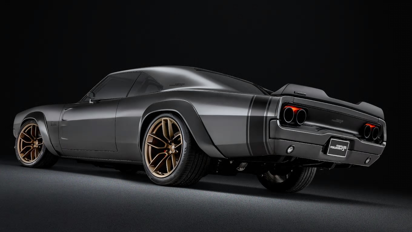Auto Shows Mopar Hellephant Is Planet Earth S First 1 000 Hp Oem