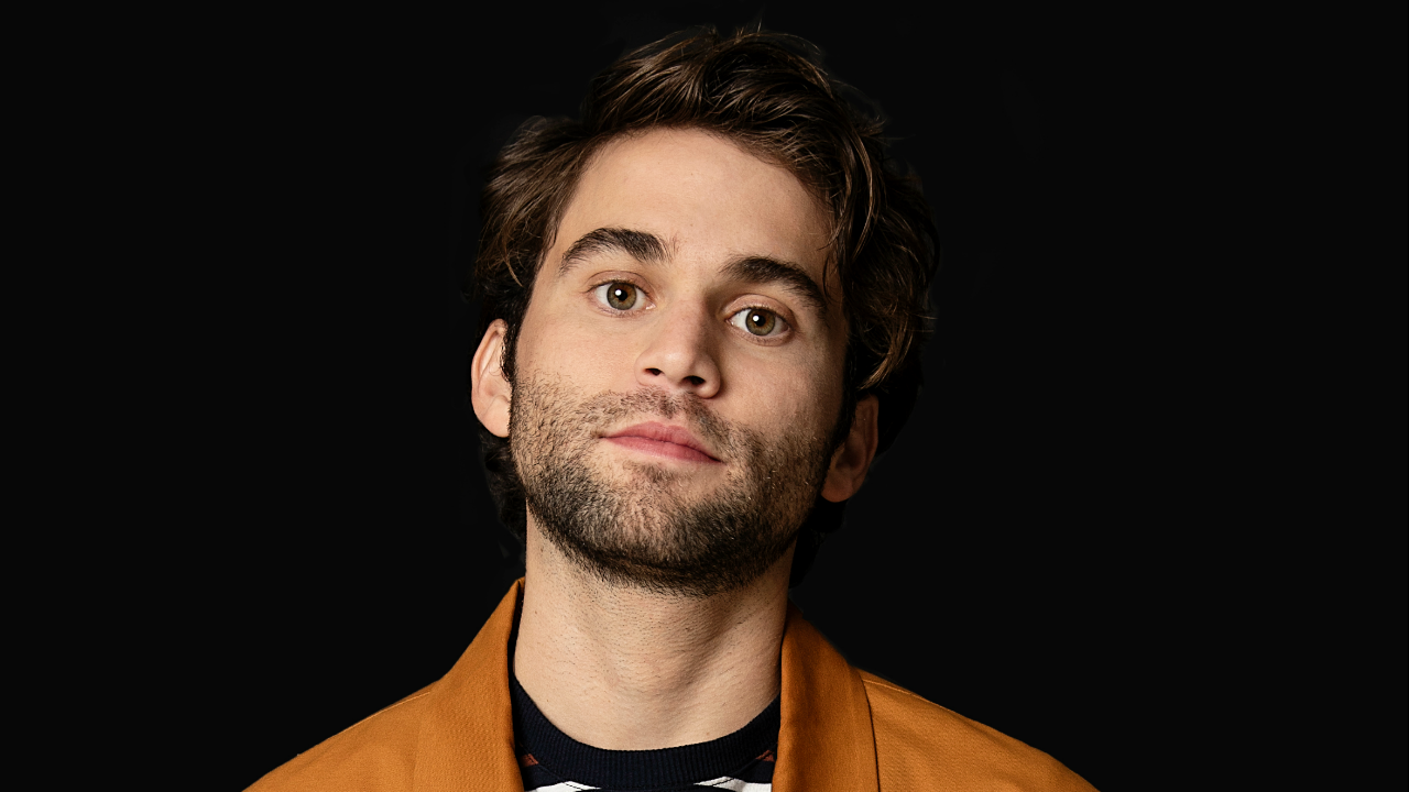 Entertainment Jake Borelli Opens Up About How Greys Anatomy