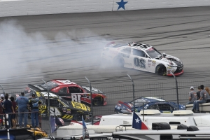 Custer wins at Texas for shot at NASCAR Xfinity title