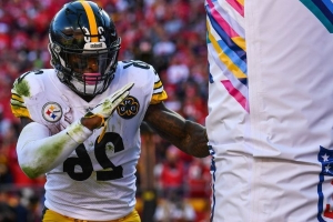 Steelers, Le'Veon Bell move closer to the final deadline