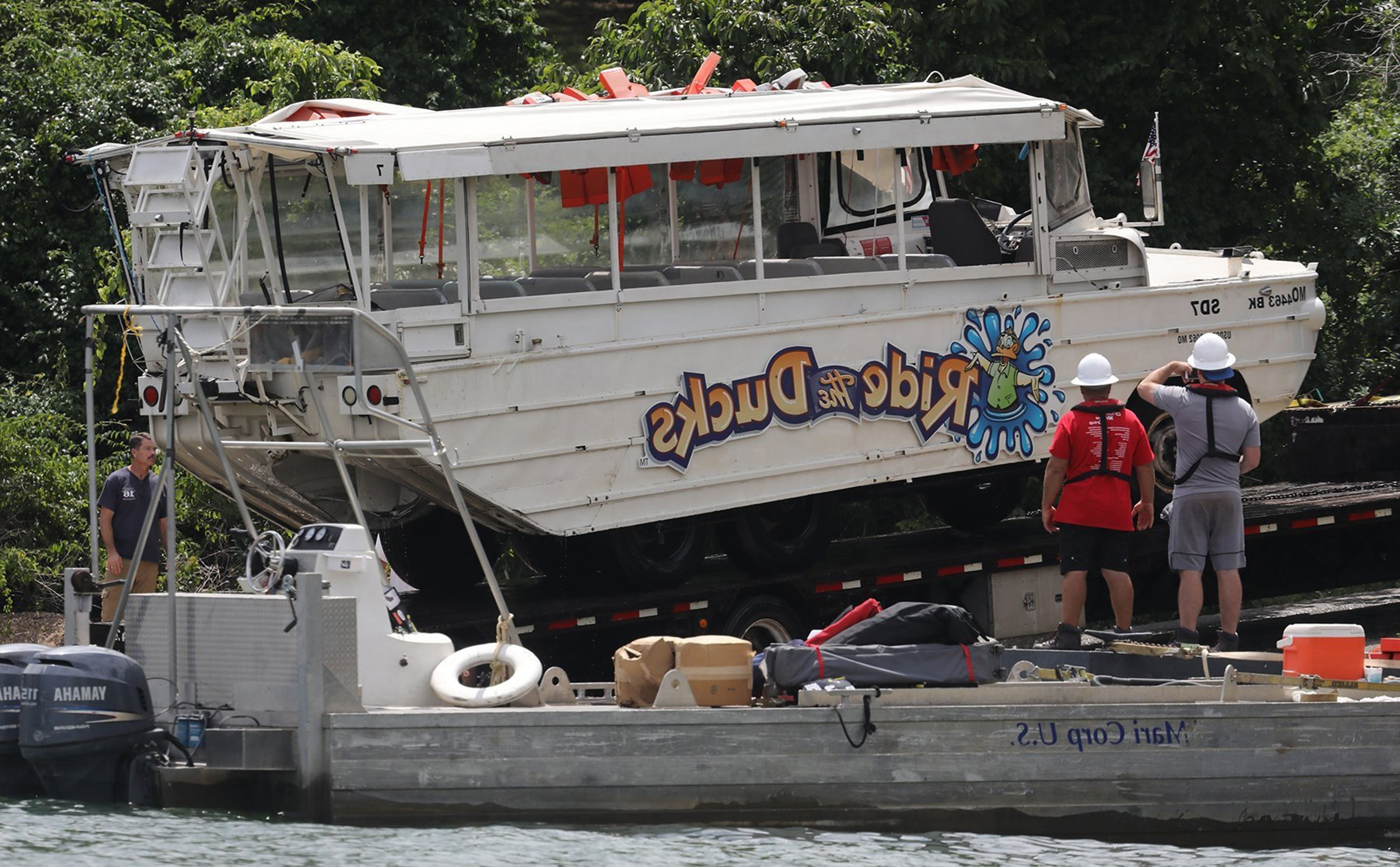 Captain of tour boat that sank on Missouri lake, killing 17, indicted on federal charges