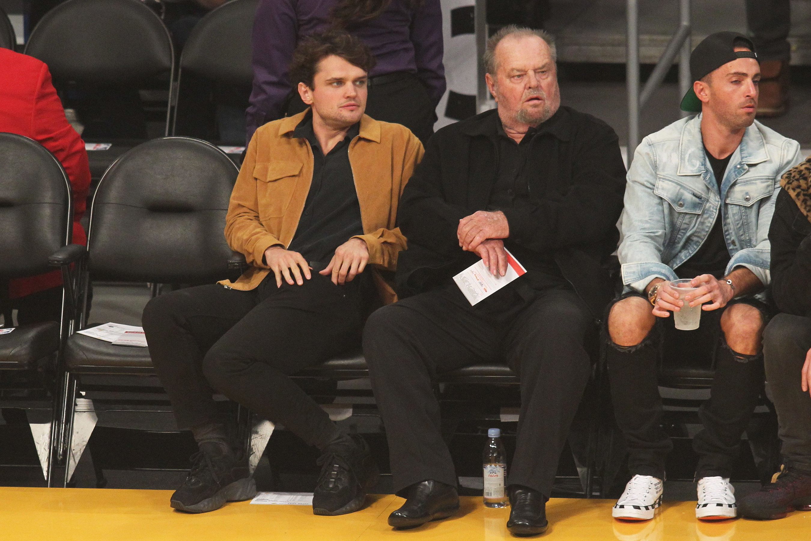 Entertainment Jack Nicholson 81 Catches Lakers Game With 26 Year Old Son Ray In Rare Outing Pressfrom Canada This made ethel his grandmother and sister lorraine his aunt. jack nicholson 81 catches lakers game