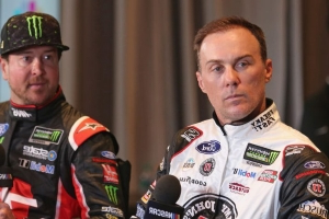 Kevin Harvick's penalty tightens race for final spots in title race