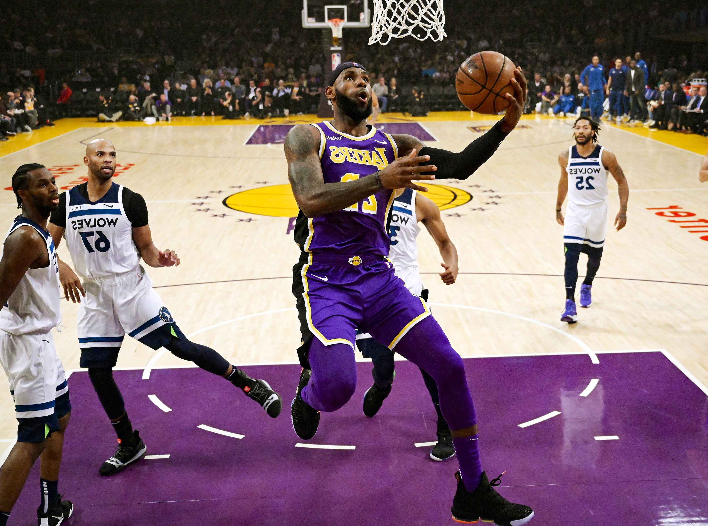 3ecfcf97cee4 Tyson Chandler s rebounding presence proves to be difference in Lakers   victory over Timberwolves