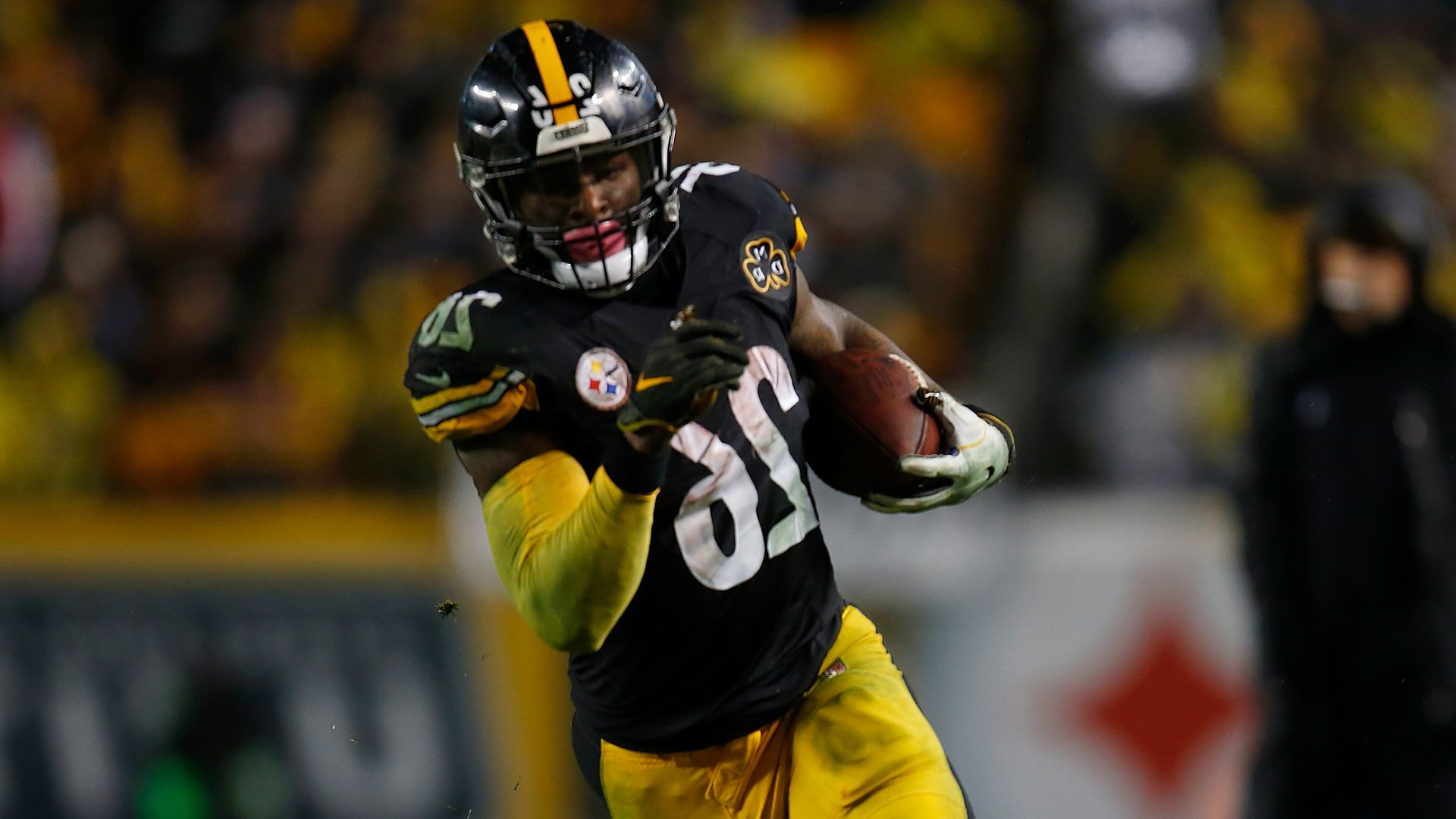 2b08d8ac9d3 Sport: Would Le'Veon Bell REALLY sit out the entire season ...