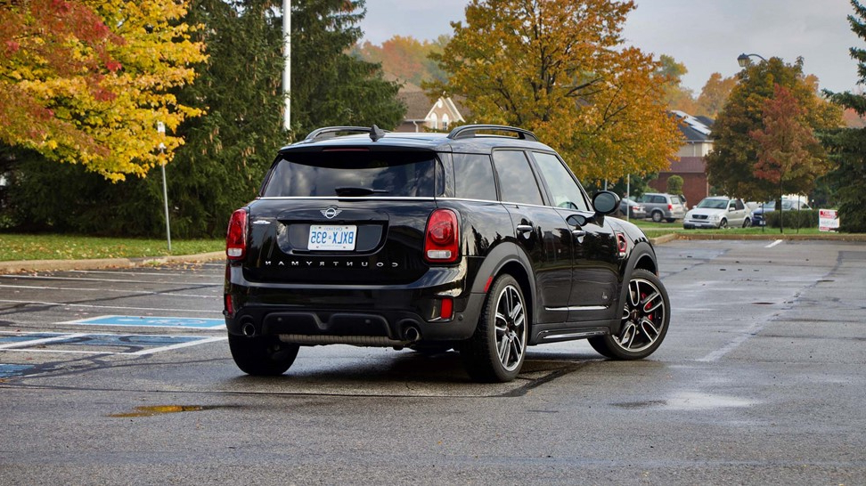 auto shows test drive 2019 mini jcw countryman. Black Bedroom Furniture Sets. Home Design Ideas