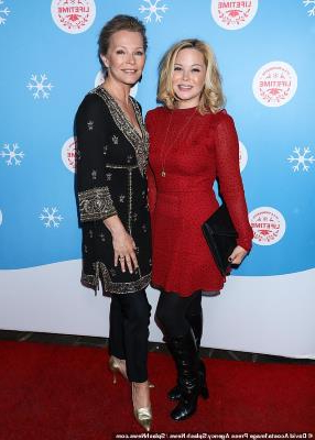 Entertainment: Cheryl Ladd and daughter look like sisters on