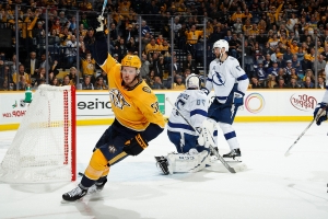 Preds beat Lightning, move to top of NHL