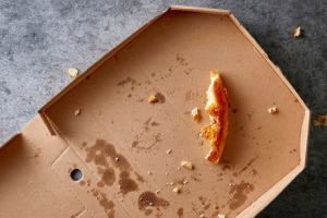 Why you probably can't recycle that pizza box