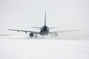 Airlines Waive Change Fees Amid Winter Storm Bruce