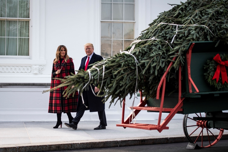 Melania Trump Has Unveiled the 2018 White House Christmas Decorations