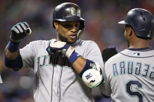Report: Mets being 'aggressive' in Robinson Cano trade talks