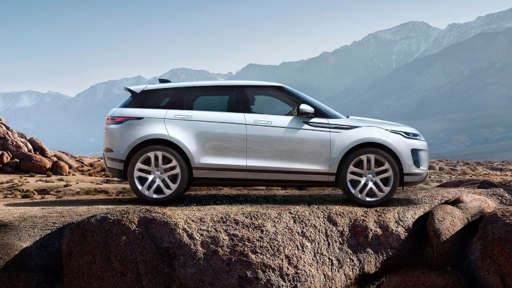 2020 Range Rover Evoque: A Deeper Dive and Quick Off-Road Drive