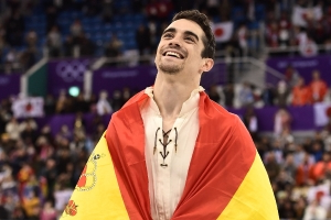 Double world figure skating champion Fernandez retiring