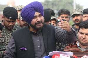 History will remember Imran Khan for bringing 2 countries together: Navjot Sidhu at Kartarpur event