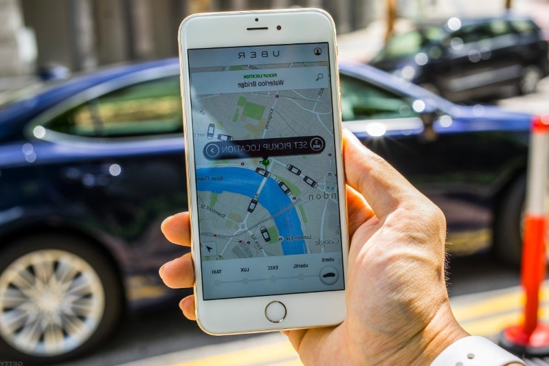Offbeat: Lyft vs  Uber: Which Is Best for Riders and Drivers