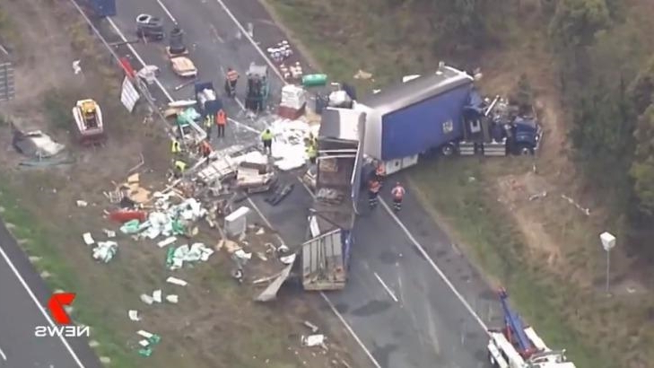Australia: Truck rollover closes Bruce Highway northbound