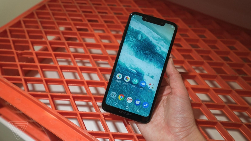 Tech & Science: Android Pie is rolling out for the notched Motorola